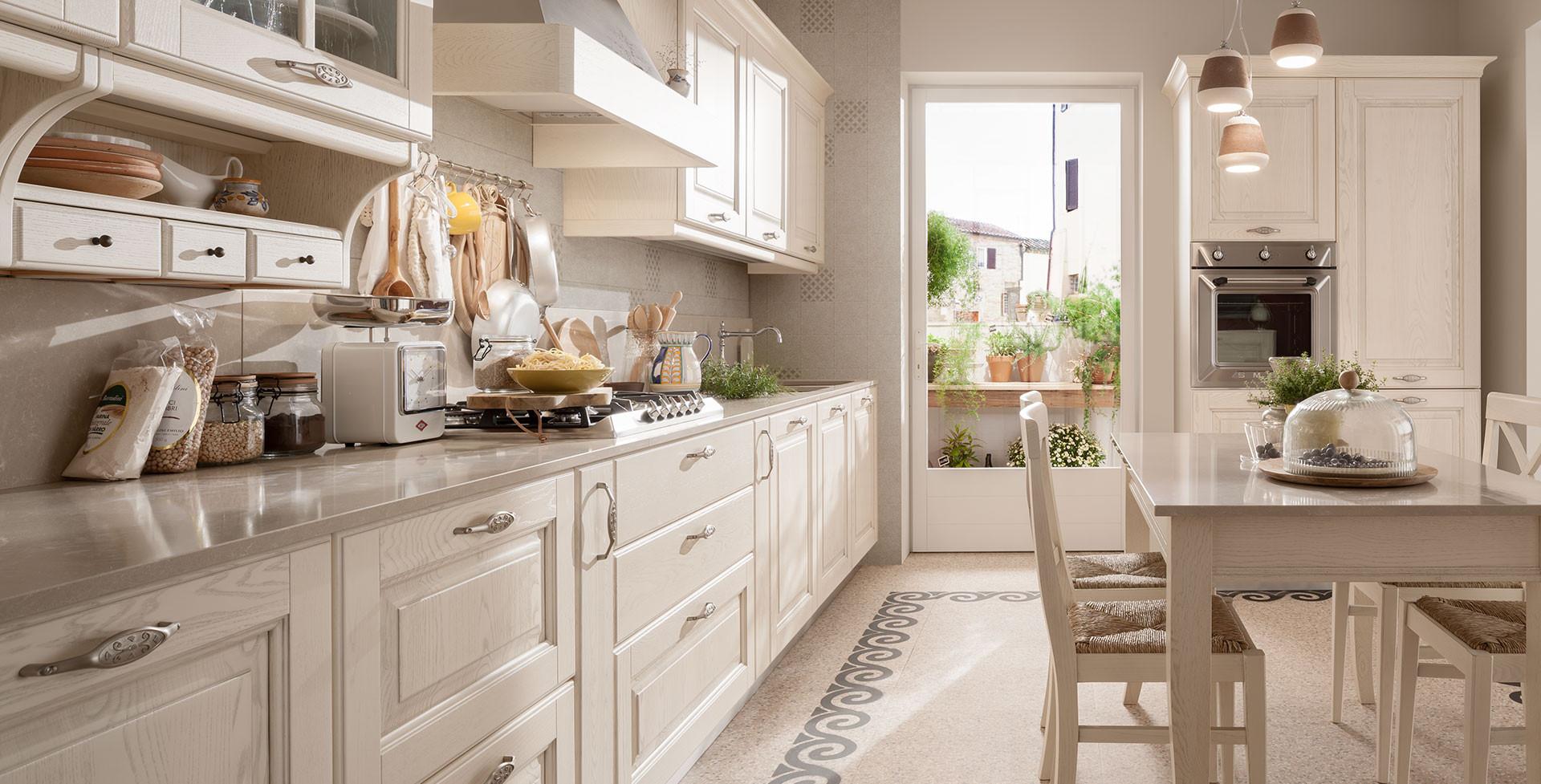 Cucina Bianca Moderna Con Tavolo Antico.Cucina Memory Veneta Cucine